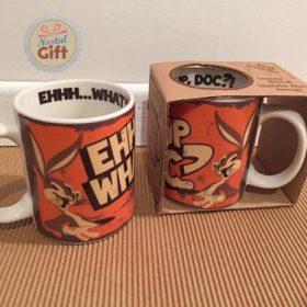Mug Looney Tunes – Bugs Bunny «Quoi de neuf Doctor»