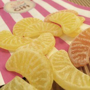 petits quartiers d oranges et de citrons x 20 nostalgift objets bonbons vintage coffrets. Black Bedroom Furniture Sets. Home Design Ideas