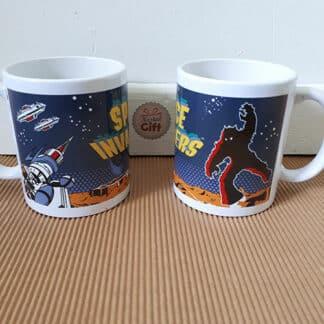 Mug Space Invaders cabinet art