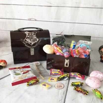 """Coffret Cadeau : Mallette """"Harry Potter"""" remplie de bonbons des années 90"""
