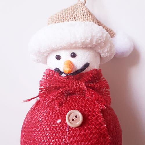 D coration de no l en jute suspendre bonhomme de neige for Decoration porte bonhomme de neige