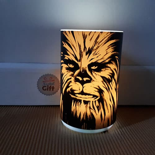 lampe veilleuse star wars avec son chewbacca. Black Bedroom Furniture Sets. Home Design Ideas