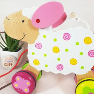 Animal en bois à tirer - Susibelle le mouton