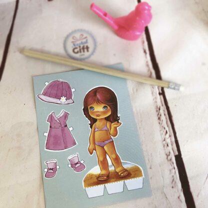 Carte postale vintage - Petite fille à habiller