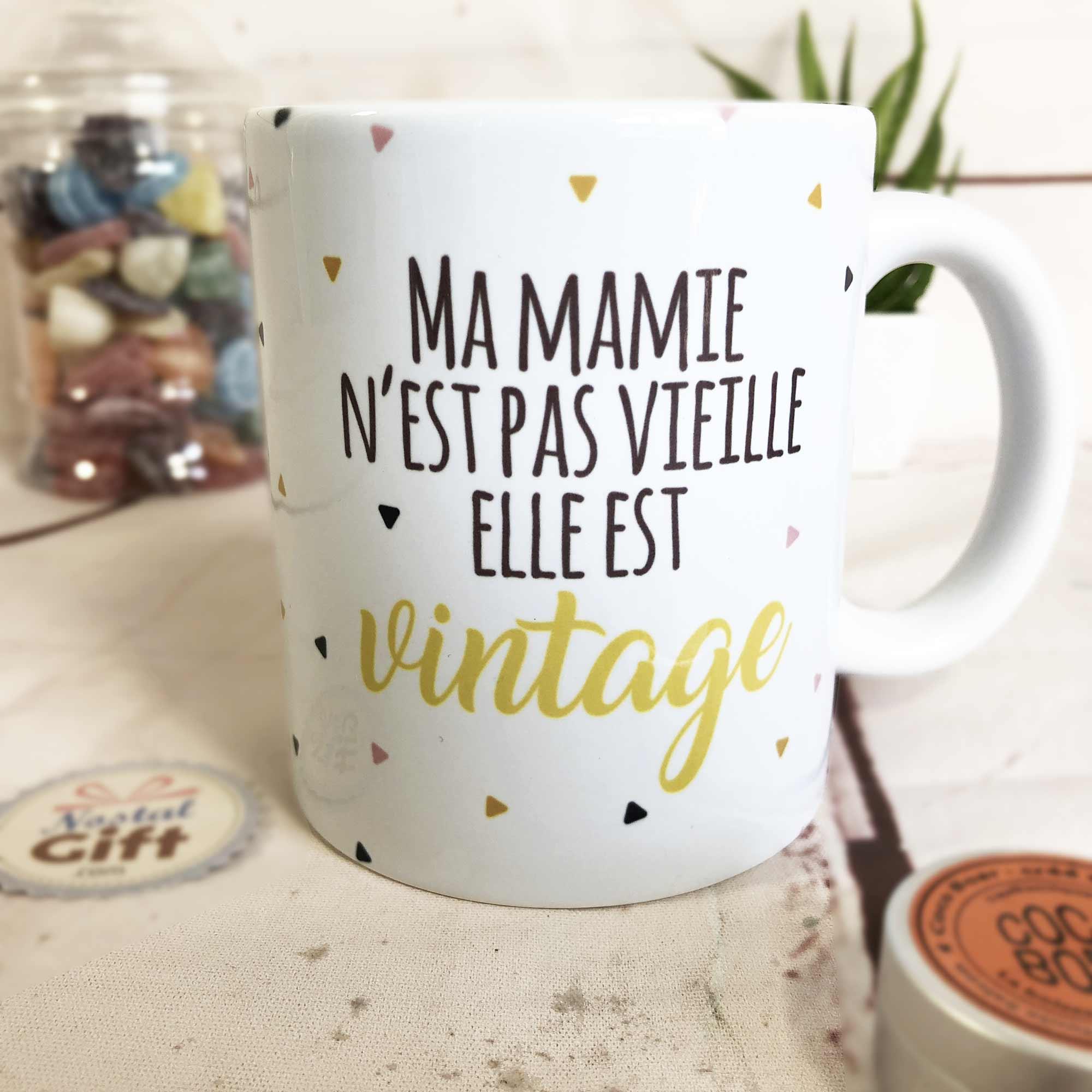 Idée Cadeau Mamie 80 Ans.Mug Ma Mamie N Est Pas Vieille Elle Est Vintage