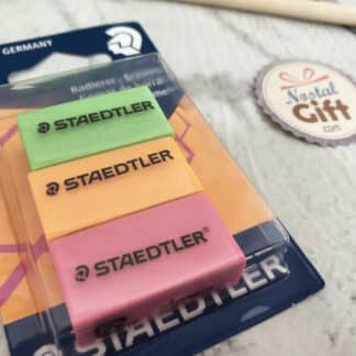 Gommes fluos lot de 3 : rose, orange et vert - Staedtler