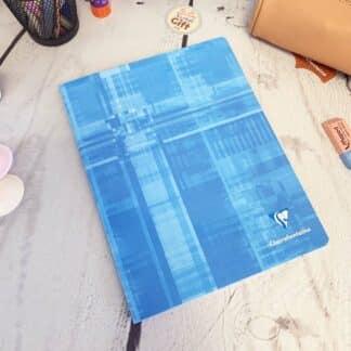Cahier couverture cartonné 17x22 avec 96 pages & Gros carreaux (séyès) - Clairefontaine