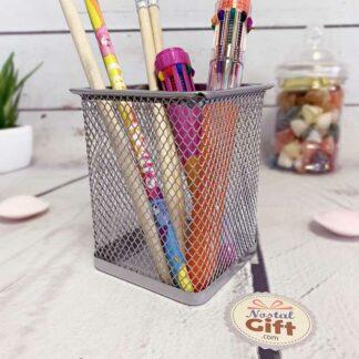 Pot à crayons carré en métal gris