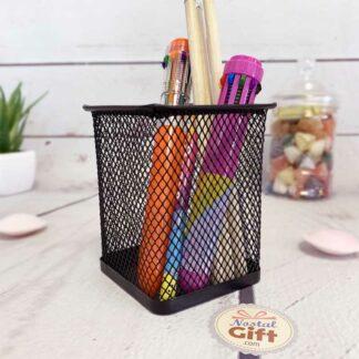 Pot à crayons carré en métal noir