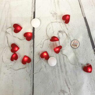 Guirlande lumineuse petits coeurs en feutrine - déco romantique