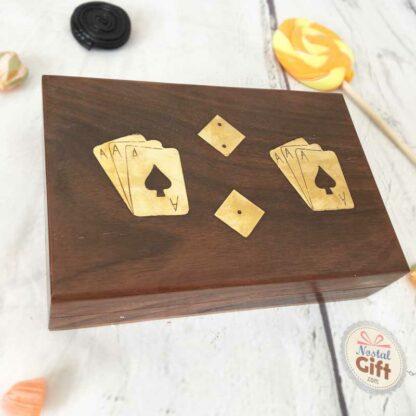 Coffret jeux de société en bois