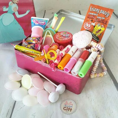 """Coffret Cadeau : Boîte """"Cendrillon"""" remplie de bonbons 80 (rose)"""