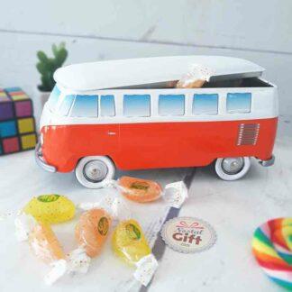Coffret bonbon Volkswagen Combi en métal rempli de bonbons Fruitador de Lutti (x40)