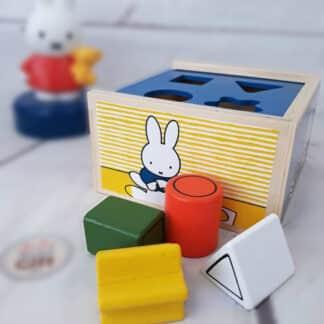 Boîte à forme en bois - Miffy
