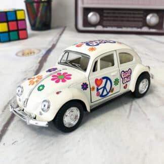 Miniature Volkswagen Coccinelle de 1967 motif Peace and Love (12 cm)