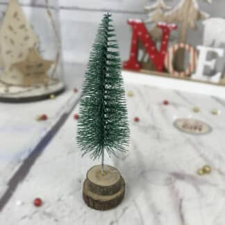 Décoration de Noël - Petit sapin avec base buche coupée