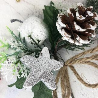 Décoration de Noël - Bouquet pailleté argenté avec une étoile