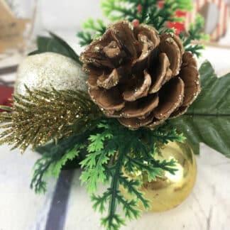 Décoration de Noël - Bouquet pailleté doré avec pomme