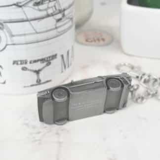 Retour vers le Futur - Porte clés Delorean 3D en métal