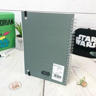 Star Wars cahier A5 The Mandalorian - Le Mandalorien et bébé Yoda