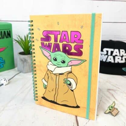 Star Wars The Mandalorian - cahier A5 orange Bébé Yoda
