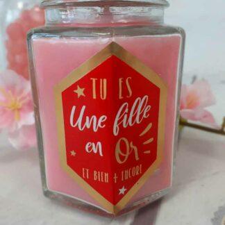 """Bougie avec bijou """" Tu es une fille en or """" - Senteur rose éternelle"""
