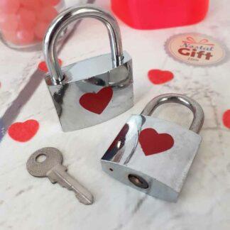Lot de 2 Cadenas amour - Cœur et ruban avec clé