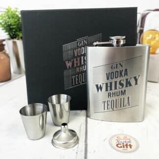 Coffret cadeau - Fiole à whisky avec 2 shooter et 1 entonnoir