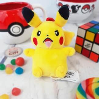 Pokémon - Peluche porte-clés Pikachu ( 10 cm )