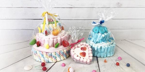 Anniversaire, baptême ou tout autre événement mérite un gâteau. Nous vous proposons d'allier la douceur du gâteau et les confiseries avec nos gâteaux bonbons. Découvrez une sélection de pièces montées de bonbons anciens.