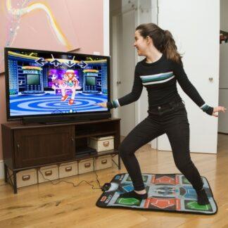 Tapis de danse rétro sur télévision  avec plus de 100 chansons