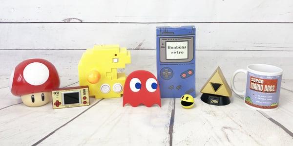 Vous rappelez-vous encore de la musique de jeux vidéo rétro? Celle de Mario Kart et autres jeux retrogaming? On le sait, cela remonte un peu à loin mais ne vous inquiétez pas car dans cette catégorie, vous trouverez tout ce qu'il faut pour vous en souvenir. Retrouvez des consoles de jeux retrogaming, des accessoires et pleins de produits dans le thème du retrogaming.