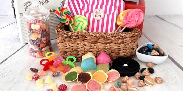 Les bonbons de votre enfance vous manquent-t-il? Caramel mou Dupont D'isigny, Berlingots, cacahuètes caramélisées, bonbons Coquelicot, retrouvez toutes ces références des années 60 sur notre site.