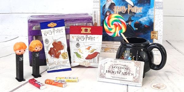 Êtes-vous à la recherche de bonbons pour Halloween ou une fête à thème Harry Potter? Retrouvez dans cette catégorie nos bonbons Harry Potter et faites plaisir aux Potterhead les plus gourmands.