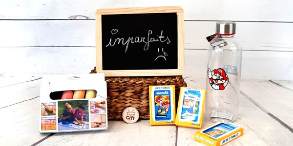 Retrouvez dans cette catégorie tous les produits imparfaits de NostalGift. Des produits avec des petits défauts mais tout de même fonctionnels. Retrouvez ces imparfaits à un prix réduit et luttons contre le gaspillage.