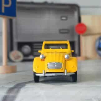 Miniature voiture vintage - Citroën 2CV jaune (échelle 1:43)