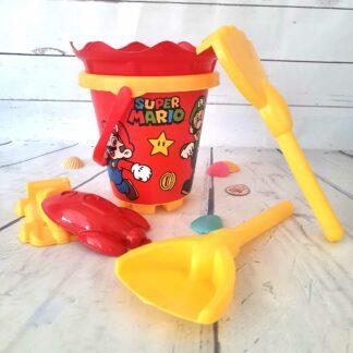 Super Mario - Seau de plage avec accessoires