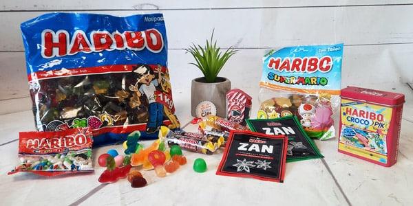 """<p>Haribo est une marque de confiserie allemande créée depuis plus de 100 ans maintenant. Avec son slogan : """"Haribo c'est beau la vie, pour les grands et les petits !"""" Elle fait le bonheur des petits et grands.</p>"""